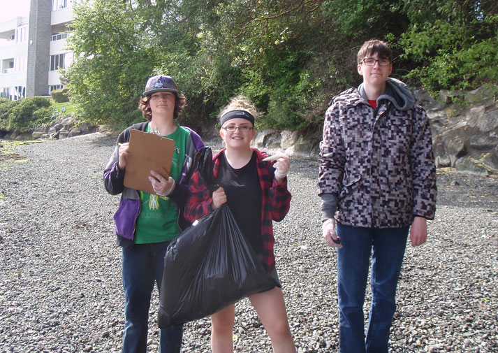 community cleanup photo