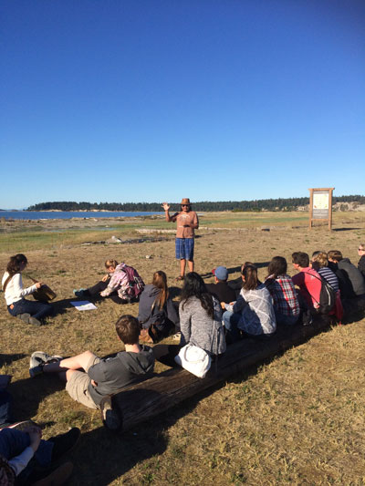 Marine 11 students learn about aboriginal connections to the marine environment