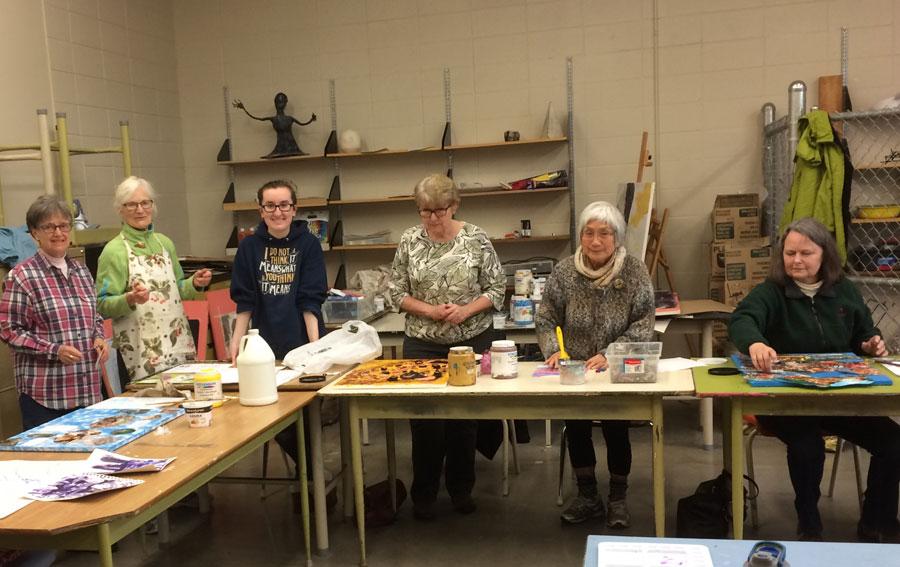 Parkland student Samantha Fimrite teaches Art for the Elder College class